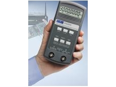 PFM3000 hand-held frequency counter