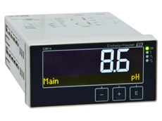 Compact pH/ORP controller based on Memosens technology