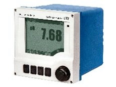 Liquiline M CM42 analysis transmitter.