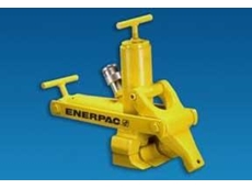 Enerpac's hydraulic bead breaker