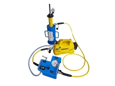 Mr Lift It's customised load testing tool, featuring Enerpac's XC-Series cordless pump, centre