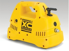 Safe, ergonomic and easy to operate XC-Series Cordless Hydraulic Pump