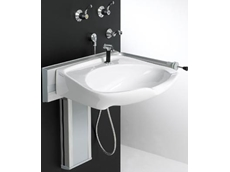 Height adjustable shampoo basin
