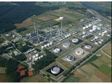 Bayernoil Refinery uses FLIR Systems' GasFindIR infrared camera
