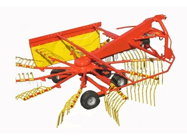 Wide spanning Rotary Rakes with quad whiles for extra stability