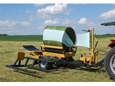 Round Bale Wrapper - 580 S Trailed