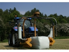 Square Bale Wrapper - 1540 EH Mounted