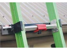 Height safety - Ferno LADlok ladder gutter brackets