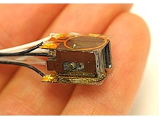 NIST mini-sensor that can measure magnetic activity in the human brain.