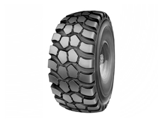Tyre maintenance tips for truck drivers