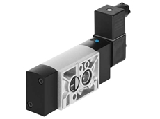 The standard NAMUR valve VSNC from Festo is ideal for use with process valves (Photo: Festo AG & Co. KG)