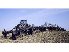 Flexi-Coil ST820 precision tillage tool