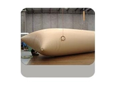 Commercial pillow tank