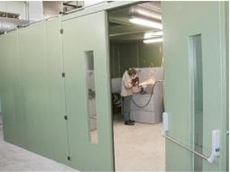 Welding and grinding bay cubicle partition