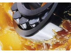 High performance hydraulic and lubricating oil