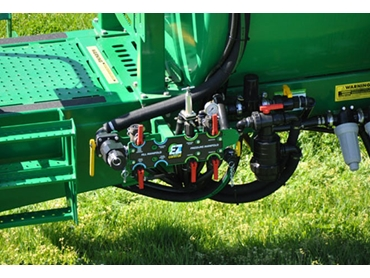 Sprayers are simple and easy to operate
