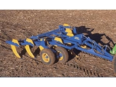 Heavy duty deep soil digger