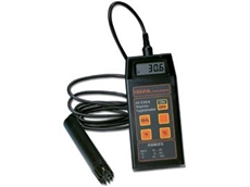 HI 8564 thermo-hygrometer provides readings with high precision in a very short time for both R.H. and temperature.