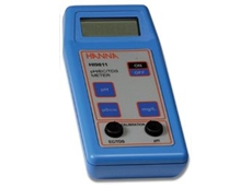 HI 9811-0 is a portable meter for field measurement of pH, conductivity and TDS.