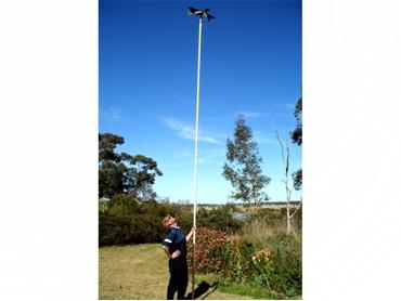 Hawk mounted using pipe method
