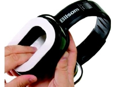 Absorbent pads in earmuffs