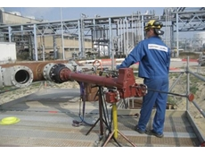 The hot and cold tapping service allows pipeline modifications without plant decommissioning