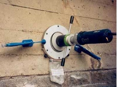 The profile grinder can be used on-site on structures that have been subjected to chloride ion ingress