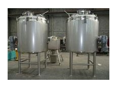 Jacketed cooking kettles