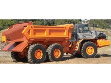 Leading Articulated Dump Truck Water Tankers and Service Trucks