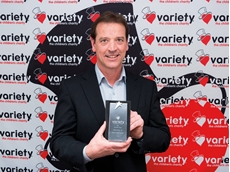 Gareth Vines with the award