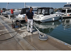 The Rotary Kleen in use at d'Albora Marinas, Cabarita Point