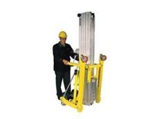 Series 2000 material lift