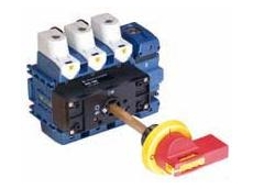 Door clutches with locking handle M800 and M810 available from Australian Solenoid