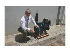 Kubota's Ian Dawson with D902 New Super Series Engine