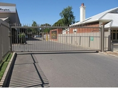 Leda-Vannaclip Perimeter Fencing and swing gates