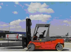 Carer range of electric forklifts