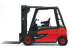 Electric Forklift  - Linde 388-E40