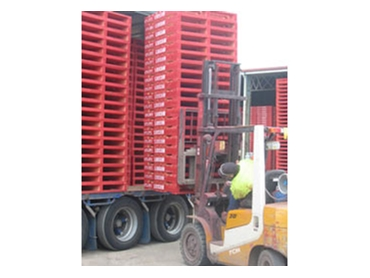 Reduce supply chain and labour costs with pallet pooling
