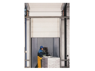 High speed sectional doors for warehouses