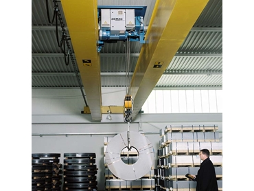 Proven crane geometry with welded crane girders
