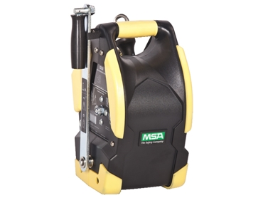 Personnel/Material Hoist capable of handling 140kg (personnel) and 225kg (materials)