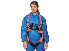 Workman safety harnesses are certified to AS/NZS 1891.1:2007, and are suitable for confined space spreader bar use