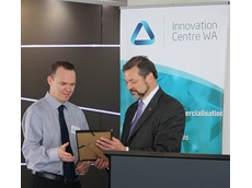 Magellan Power Chief Technical Officer Lindsay Meek accepts the Award from  WA Minister for Commerce Michael Mischin.