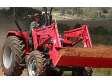 ML Series tractor loaders feature a quick attach design