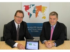 Mainpac's Executive Chairman James Kirk (left) and SYSPRO's General Manager, Asia Pacific Shaun Butler