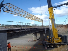 Grove GMK7450 all terrain crane was used to build the 64m long Bruce Highway Bridge near Calliope in central Queensland