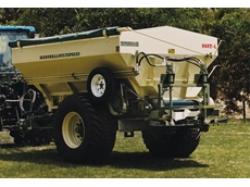 Marshall Multispread (900) for Synthetic and Organic Fertiliser Spread