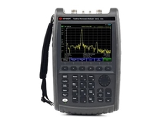 Keysight N9915A 9GHz FieldFox handheld microwave analyser