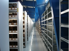 Super 123 boltless modular shelving system