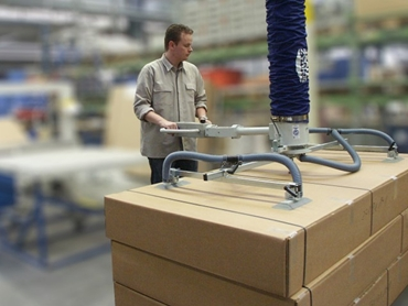 Lifting large cardboard boxes with VG head and swivel handle